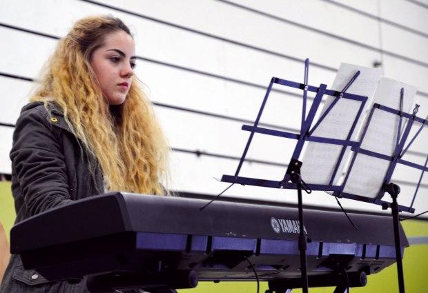 Noemi Bauer, E-Piano