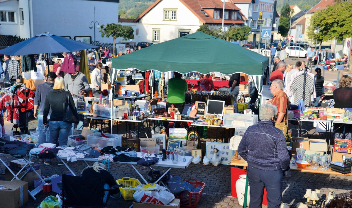 Am 15. September 2018 Flohmarkt in Hassel